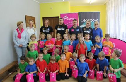 Piłkarki ręczne Ruchu Chorzów zwizytą wnaszym przedszkolu