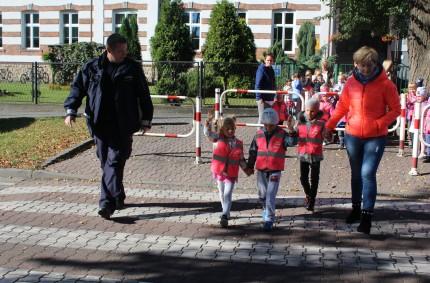Bądź bezpieczny- wizyta policjantów zKomendy Miejskiej wLibiążu.